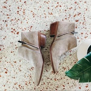 San Edelman Petty Ankle Boot